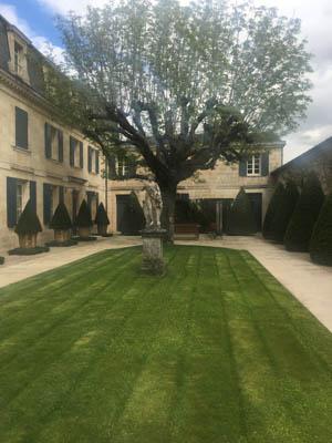 2017 Chateau Haut-Brion, Blanc, Pessac-Leognan